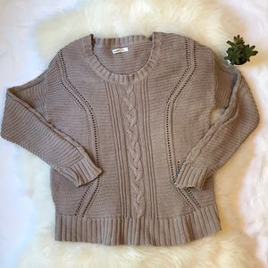 Old Navy XL cable knit sweater pullover